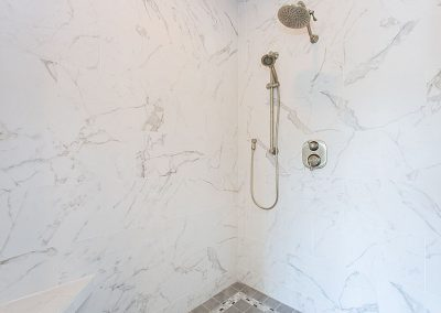 R.E. Collier INC, Builder custom bathroom shower