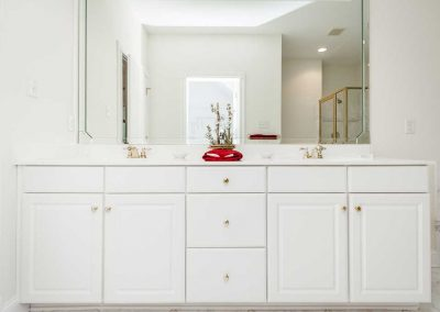 R.E. Collier INC, Builder custom home interior bathroom